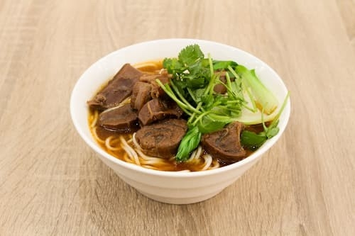 红烧牛肉面 | Braised Beef Noodle