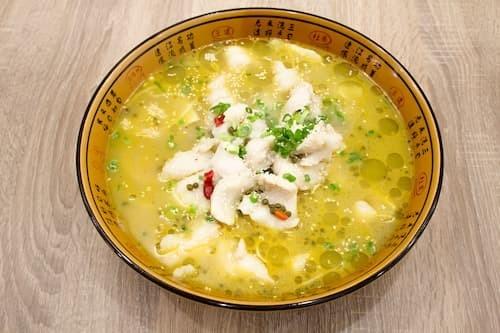 藤椒鱼 | Fish Fillet in Hot Pot With Rattan Pepper