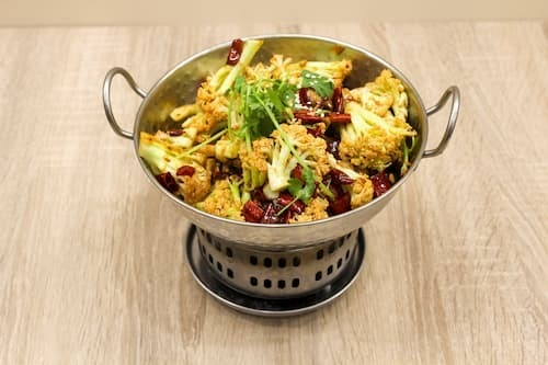 干锅花菜 | Dry Fried Cauliflower