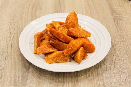 拔丝地瓜 | Chunked Sweet Potatoes Topped in Hot Syrup