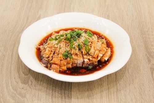 口水鸡 | Steamed Chicken  with Chill Sauce